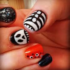 viv out on a whim pinterest and halloween fingernails