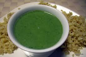 bourrache cuisine soupe à la bourrache avec une touche de coriandre cheekymuffin