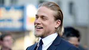 how to get thecharlie hunnam haircut charlie hunnam to star in john hillcoat s triple nine variety