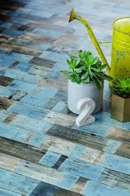 sol vinyle chambre enfant parquet chambre enfant le sol vinyle parquet bleuté est un beau