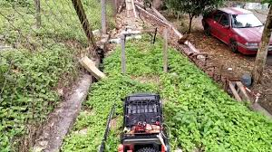 traxxas trx 4 one lap crawl in my own backyard rc course youtube