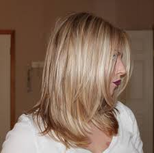 shoulder length hair with layers at bottom the 25 best face framing layers ideas on pinterest medium