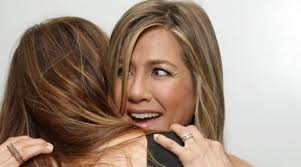 aniston wedding ring see aniston s new wedding ring for the time bt
