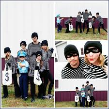 Halloween Costume Themes For Families by Bandits Family Costume Idea Sugar Bee Crafts