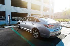 how will a hyundai sonata last 2017 hyundai sonata hybrid gets android auto carplay motor trend