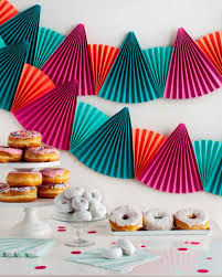 Chinese Fan Wall Decor by Easy Festive Paper Fan Bunting That U0027s Perfect For Any Party