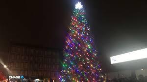christmas spotlights east harlem tree lighting spotlights