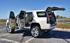lift kits for cadillac escalade lifted escalade a cadillac that s taken to heights