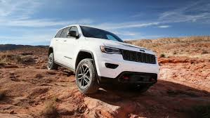 jeep grand cherokee trailhawk off road 2017 jeep grand cherokee range review the sweet spot 2017 jeep