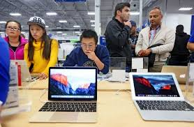best buy black friday deals on laptops 23 best black friday deals on iphones and apple gadgets