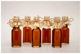 maple syrup wedding favors fall wedding favors with maple syrup mini bottles of maple