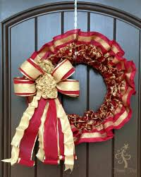 ruffled ribbon wreath tutorial trendy tree decor