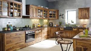 cuisines rustiques bois peinture pour cuisine rustique maison design bahbe com