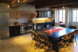 cuisine tout equipee grande cuisine tout équipée avec coin repas agnès vermod