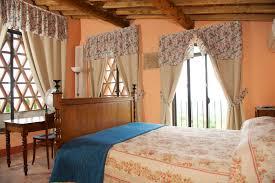 the bedrooms agriturismo sant andrea il tinaio lucca camera primo piano