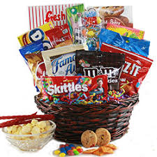 candy gift basket candy gift baskets retro candy baskets diygb