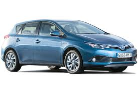 toyota auris hybrid review carbuyer