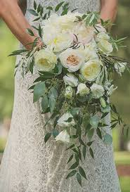 wedding flowers greenery best 25 cascade bouquet ideas on cascading bouquets