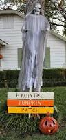 Scary Outdoor Halloween Decorations by Simple Outdoor Halloween Decoration Wooden Halloween Yard Sign
