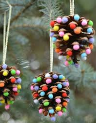 20 of the best pinecone crafts for organize and