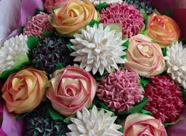 cheap flowers to send send flowers cheap cupcake pretty flowers send flowers