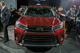 toyotas new car 2017 toyota highlander first look review motor trend