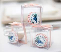 wine stopper wedding favor wedding favor ideas your guests will actually want inside weddings