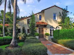 Courtyard Homes Mediterranean Style Homes With Courtyard Spanish Mediterranean