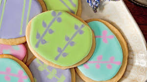 Decorate Easter Cookies Videos by Easy Icing Technique For Decorating Sugar Cookies Southern Living