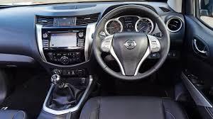 Navara D40 Interior Nissan Navara Pickup Interior Dashboard U0026 Satnav Carbuyer