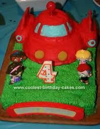 coolest einsteins cake