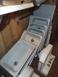 Antique Kitchen Sinks - Old fashioned kitchen sinks