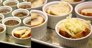 vegetarian thanksgiving gravy a very veg thanksgiving baked french onion soup and mushroom