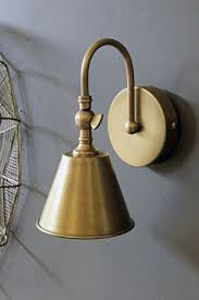 30 modern bathroom decor ideas with brass lighting dlingoo