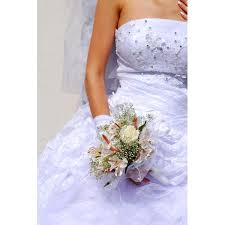 cleaning wedding dress how to clean a wedding dress at home our everyday