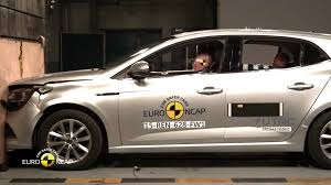 bugatti crash test renault clio crash test about autoworld