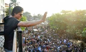 Shahrukh Khan House Shahrukh Khan U0027s Fan U2013 6 Facts You Didn U0027t Know About Fan Siraaa Com