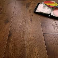 howth golden oak 125mm rustic brushed matt lacquered solid