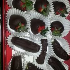 chocolate covered fruit arrangements edible arrangements gift shops 6675 falls of neuse rd raleigh