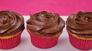 vanilla cupcakes recipe dishin u0027 with di cooking show recipes