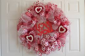 valentines wreaths diy mesh polka dot s day wreath big heart the wreath