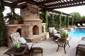 Outdoor Fireplaces And Fire Pits That Light Up The Night Diy Debate Outdoor Fireplace Or Fire Pit Garden Club