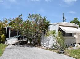 fort myers beach homes and condos for sale