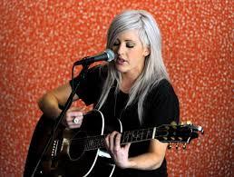 Ellie Goulding Lights Album Artist 411 On New Singer Ellie Goulding Who Sings U0027lights U0027 On