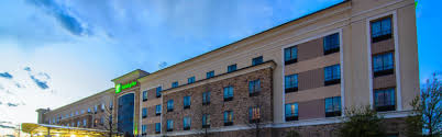 Hotels Next To Six Flags Over Texas Hotel In Arlington Tx Holiday Inn Arlington Ne Hotel