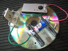 membuat mainan dr barang bekas media pembelajaran dari cd bekas mayasa