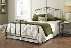 Iron Bed Frames King Best California King Metal Bed Frame Vine Dine King Bed