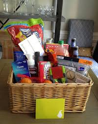 custom gift basket the happy homebodies diy custom gift baskets pallet