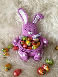 Easter Bunny Decorations Home by 13 Impressive Diy Easter Decorations To Make At Home