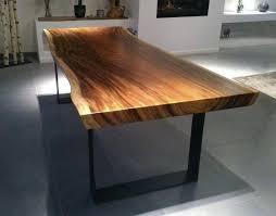 pieds cuisine table cuisine bois massif cette table dexception en bois massif de
